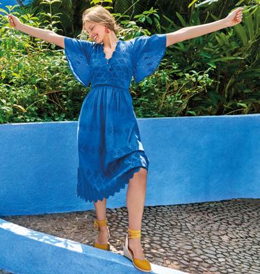 Şık, uzun ve rahat elbiseler ile her zaman en mutlu siz olun!