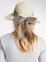 Yılan Derisi Desenli Şal Detaylı Şapka
