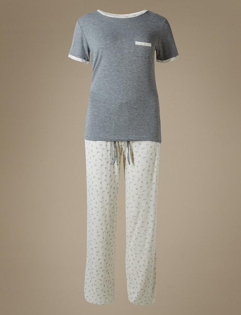 Yaprak Desenli Kısa Kollu Pijama