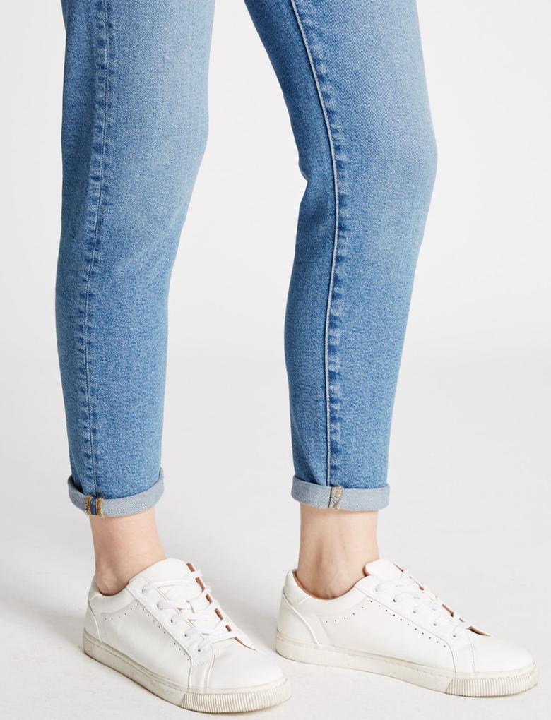 Yüksek Bel Bilekte Biten Jean