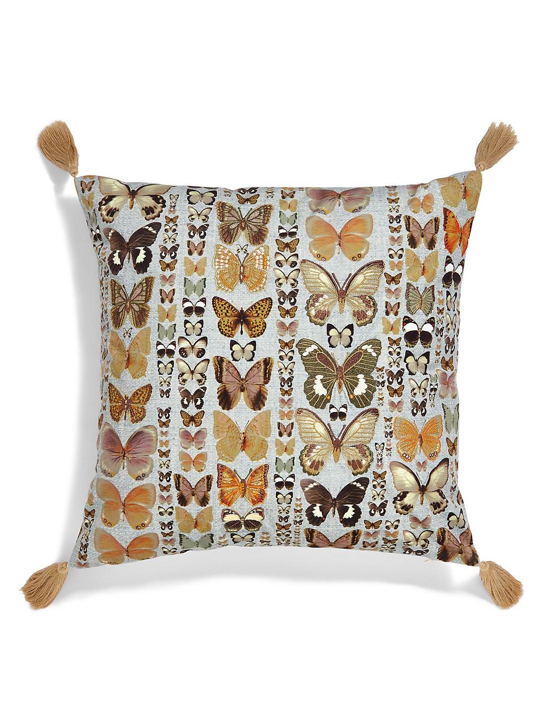İşlemeli Kelebek Yastık