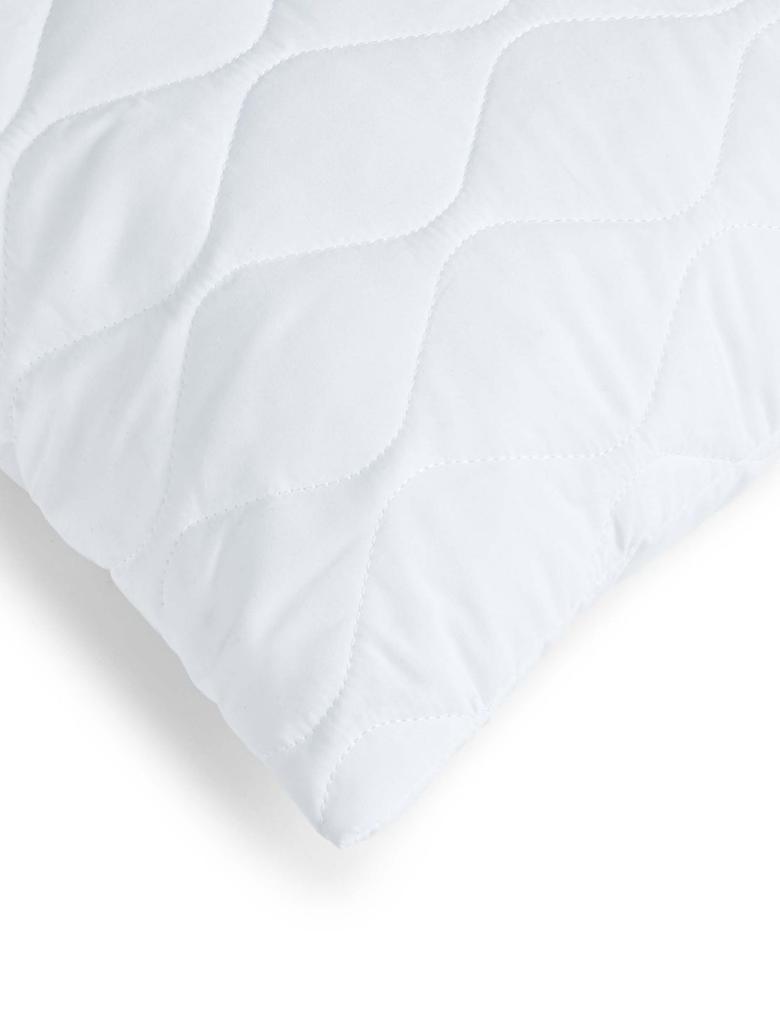 Beyaz Yumuşak Yastık Koruyucu