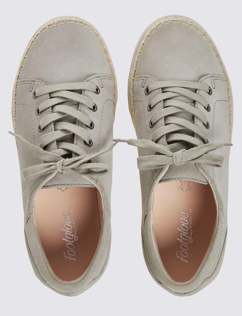Gri Geniş Kalıplı Süet Spor Ayakkabı