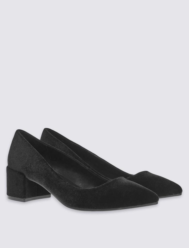 Siyah Topuklu Süet Ayakkabı
