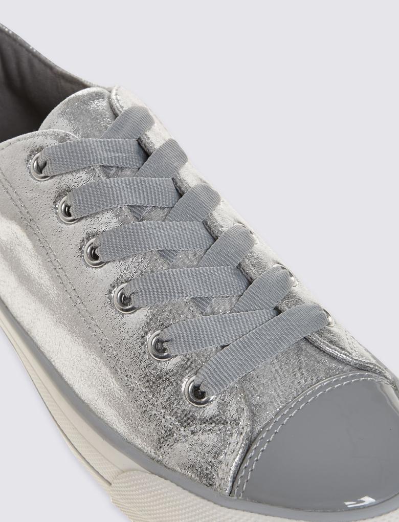 Metalik Parlak Bağcıklı Çocuk Spor Ayakkabı