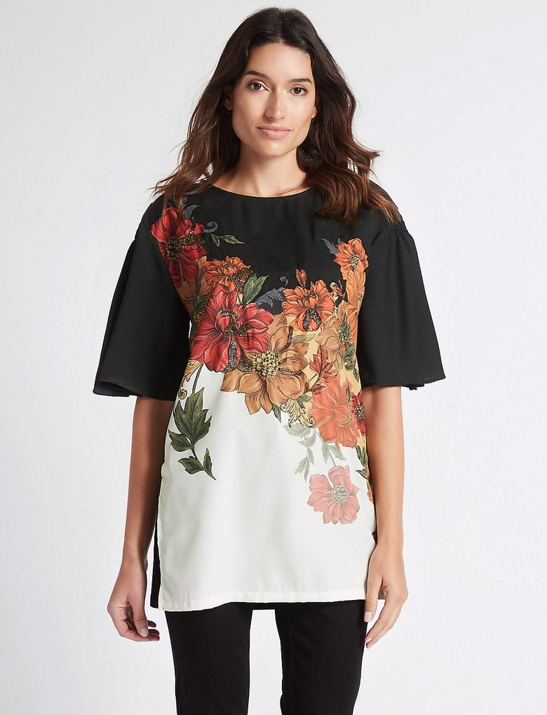Çiçek Desenli Boncuklu Yarım Kollu Tunik Bluz
