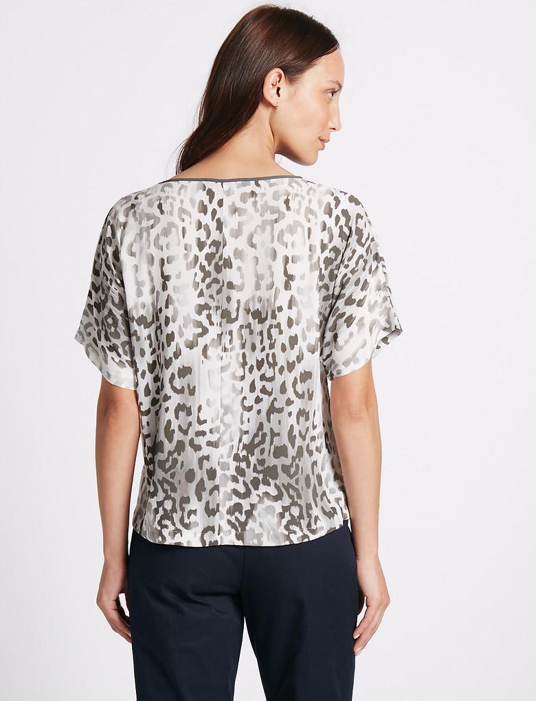 Desenli Yarım Kollu Kimono Bluz