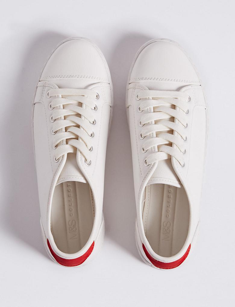 Beyaz Bağcıklı Spor Ayakkabı