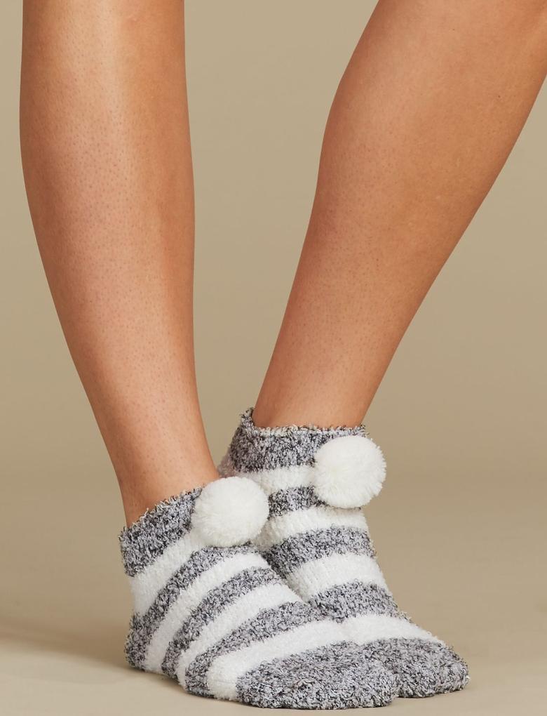 Ponponlu Çizgili Çorap Terlik