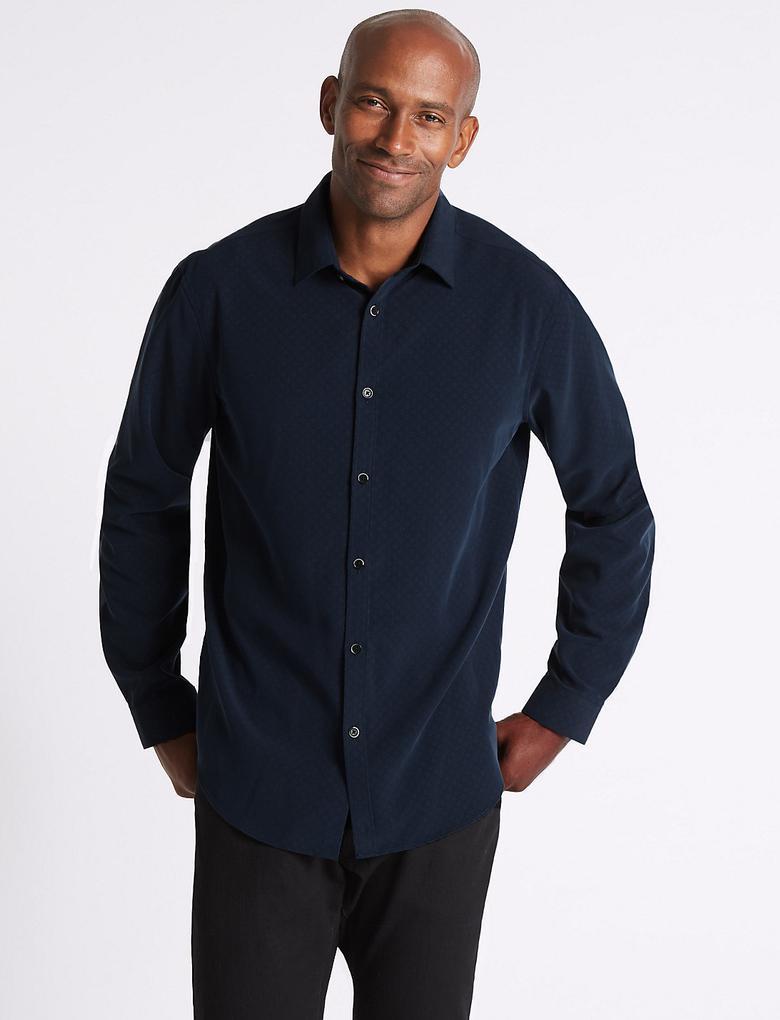 Yumuşak Kumaşlı Desenli Gömlek