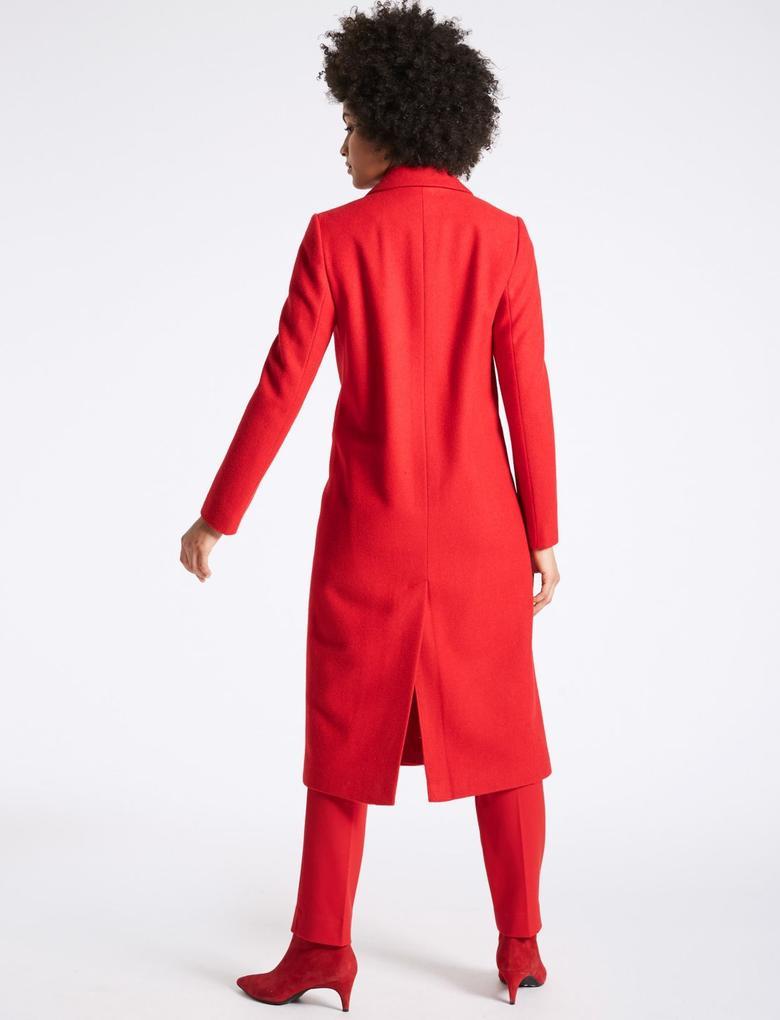 Kırmızı Kırmızı Uzun Kaban