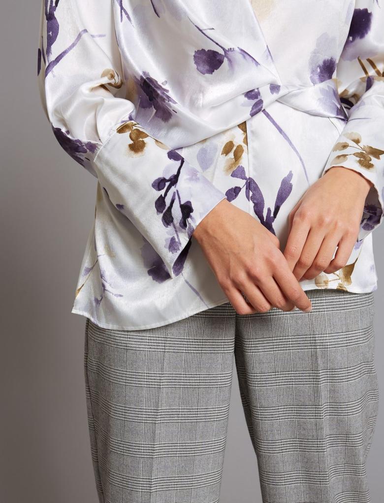 Desenli Uzun Kollu Bluz