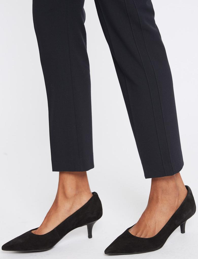 Kadın Lacivert Modern Slim Leg Pantolon