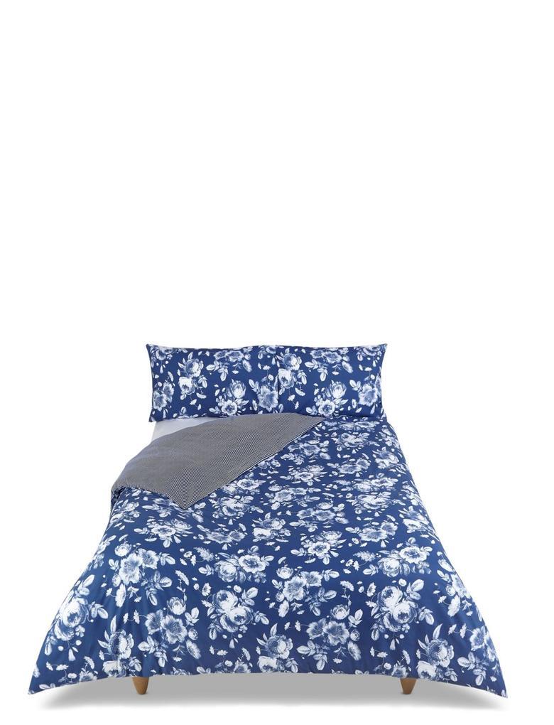 Lacivert Desenli Yatak Takımı