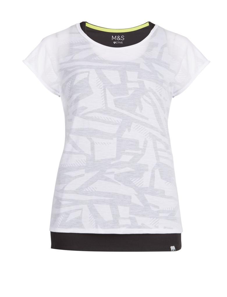 Çift Katlı Sporcu T-Shirt