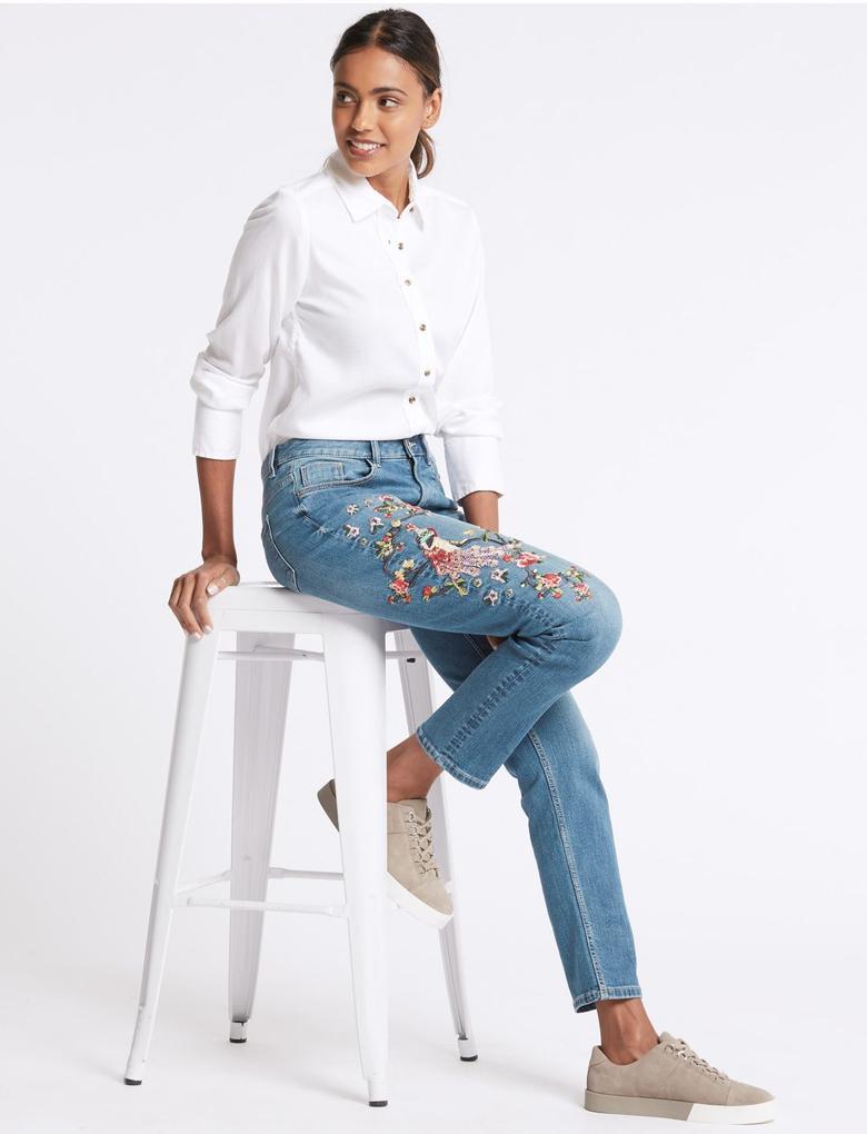 Çiçek İşlemeli Orta Belli Jean Pantolon
