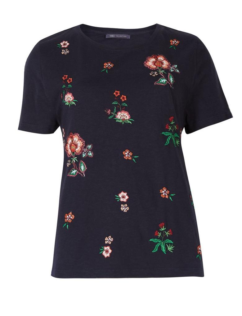 Saf Pamuklu Çiçek İşlemeli T-Shirt