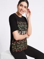 Çiçek Desenli Yuvarlak Yaka Yarım Kollu T-Shirt