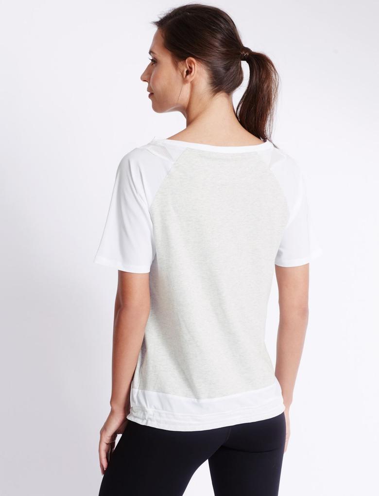 Alttan Büzgülü Kısa Kollu T-Shirt