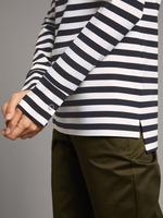 Çizgili Yuvarlak Yaka Uzun Kollu T-Shirt