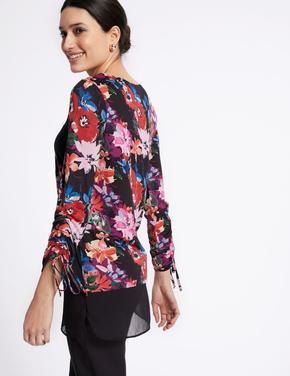 Pul Detaylı Desenli Uzun Kollu Tunik Bluz