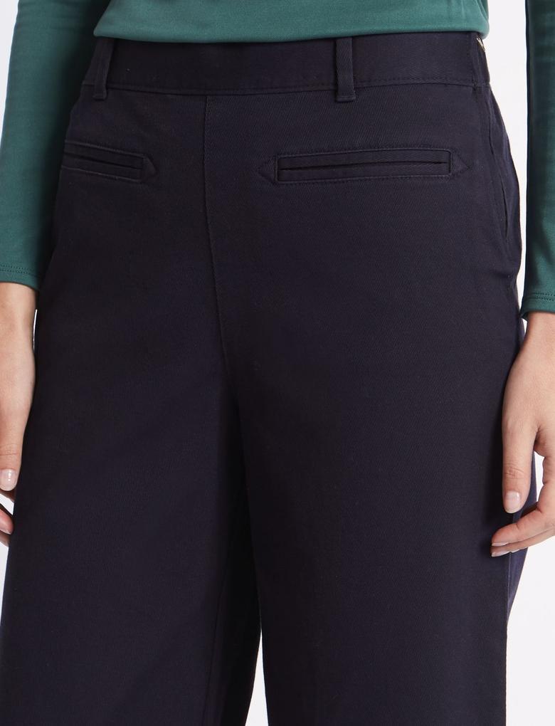 Kısa Klasik Pantolon