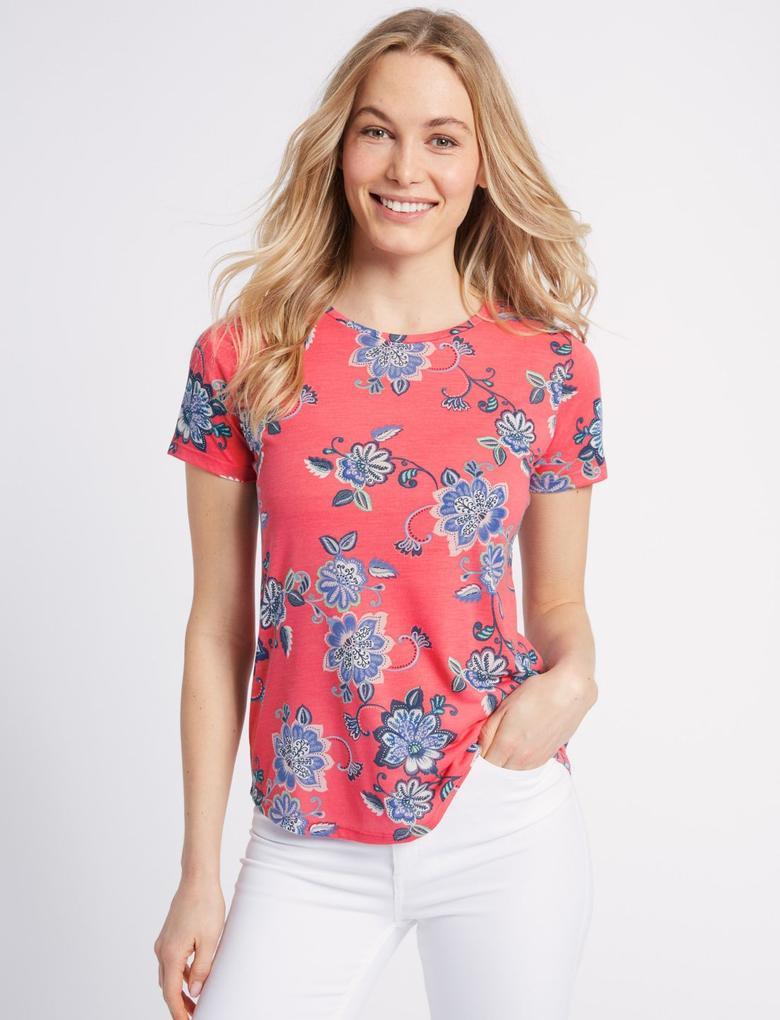 Çiçek Desenli Yuvarlak Yaka Kısa Kollu T-Shirt