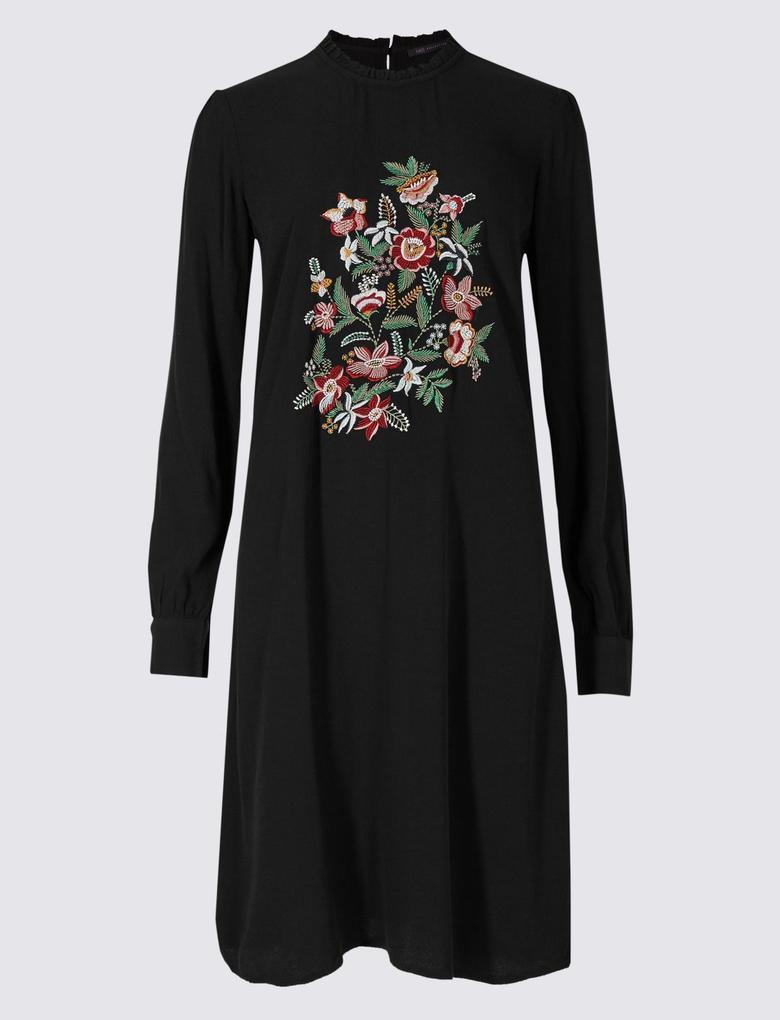 İşlemeli Uzun Kollu Elbise