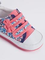 Fiyonk Detaylı Çiçek Desenli Cırtcırtlı Ayakkabı