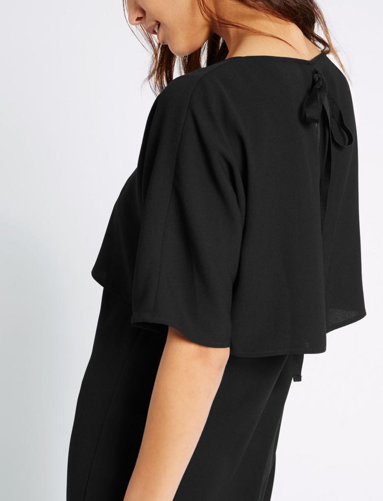Siyah Arkadan Bağlamalı Elbise