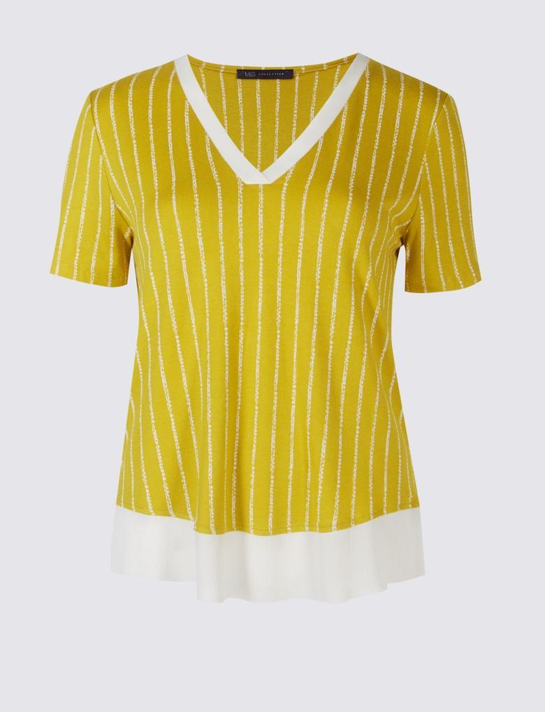 Bej Dantel Detaylı Desenli Bluz