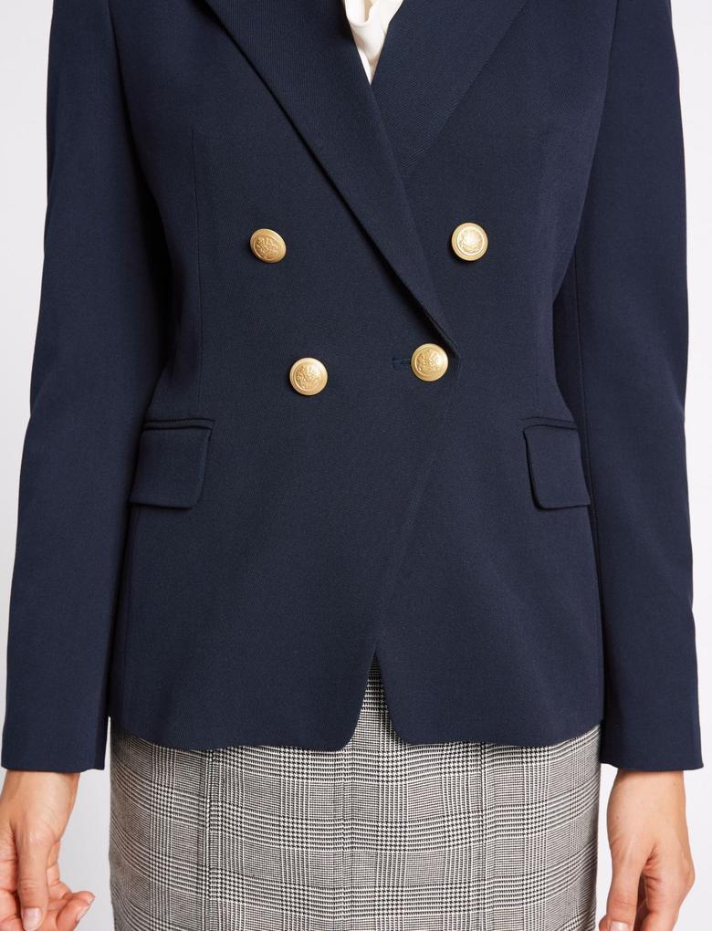 Düğmeli Ceket