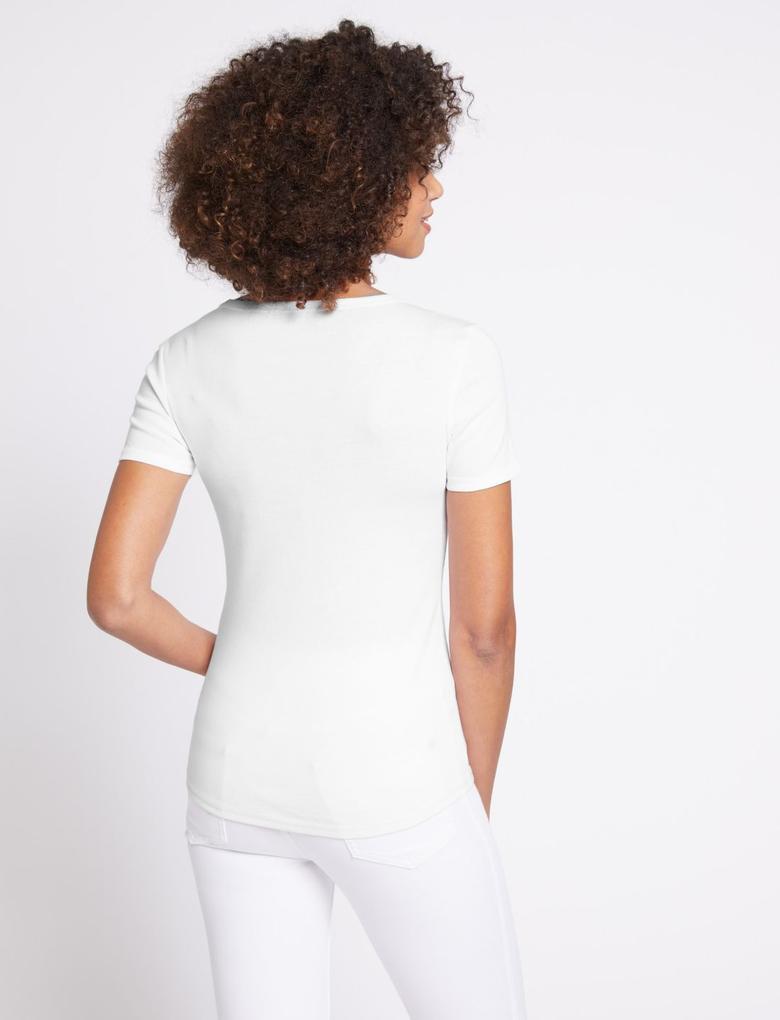 Kadın Beyaz Saf Pamuklu Yuvarlak Yaka Kısa Kollu T-Shirt