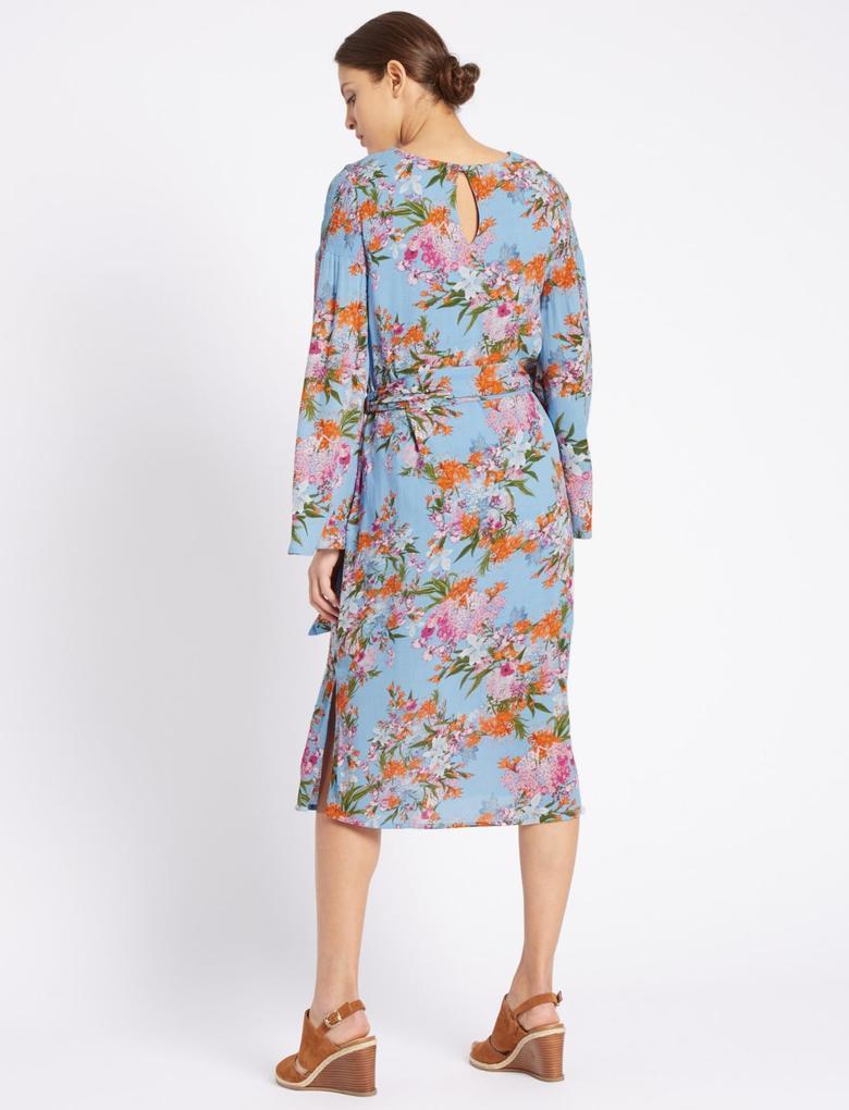 Kadın Mavi Çiçek Desenli Midi Elbise