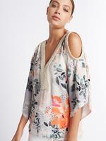 Açık Omuzlu Çiçek Desenli Bluz
