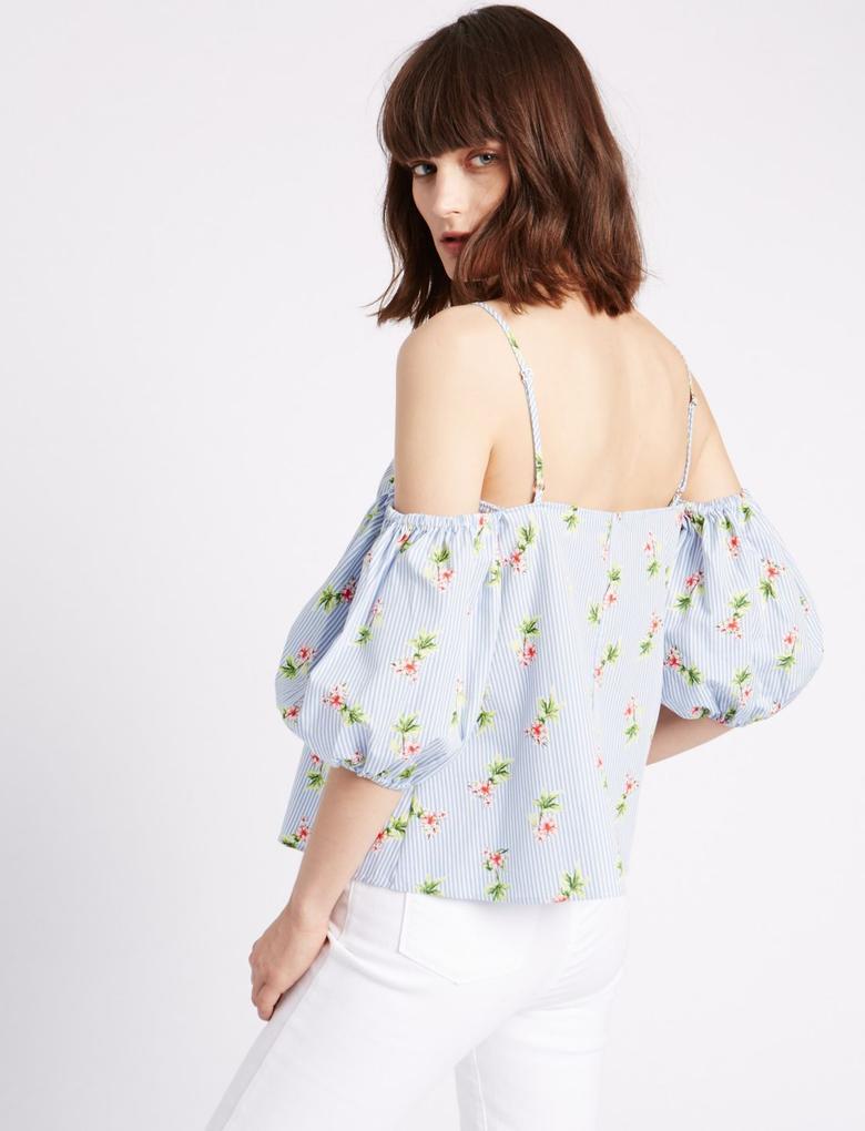 Düşük Omuzlu Çiçek Desenli Askılı Bluz