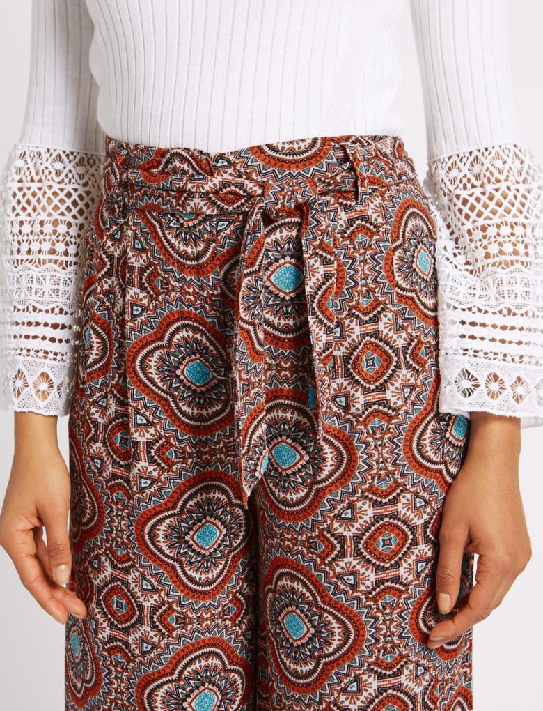 Desenli Kuşaklı Bol Pantolon