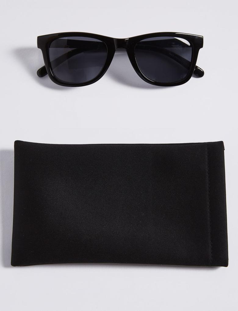Siyah D Çerçeveli Güneş Gözlüğü