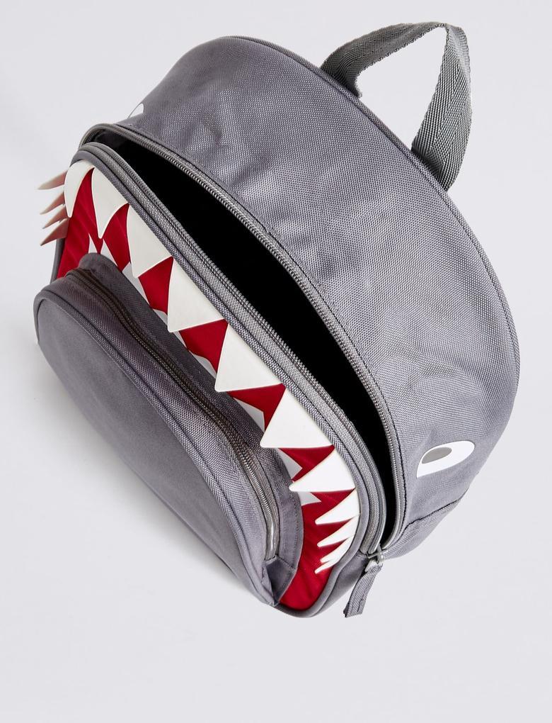 Köpekbalığı Sırt Çantası