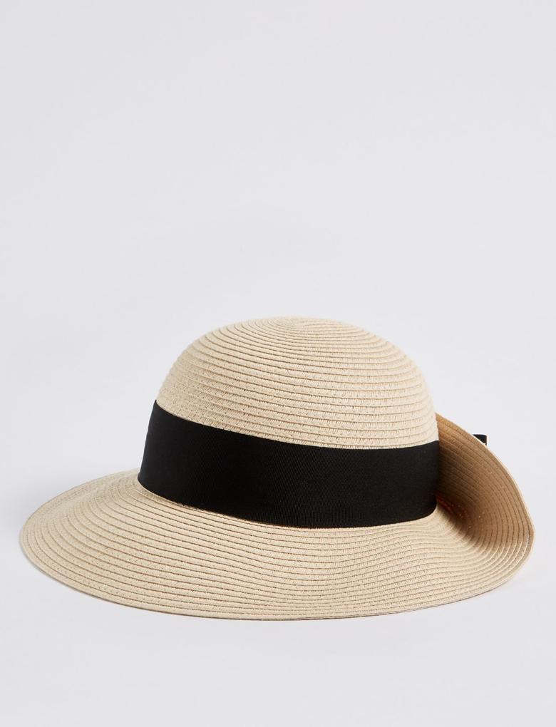 Siyah Şeritli Şapka