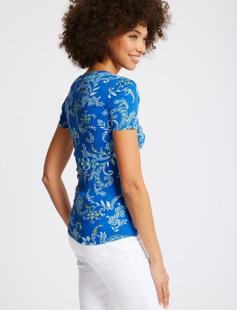 Mavi Saf Pamuklu Çiçek Desenli Yuvarlak Yaka T-Shirt