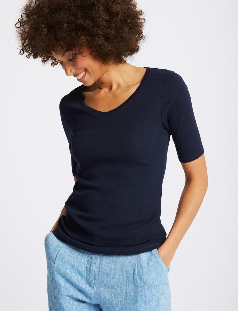 Saf Pamuklu Yarım Kollu V Yaka T-Shirt