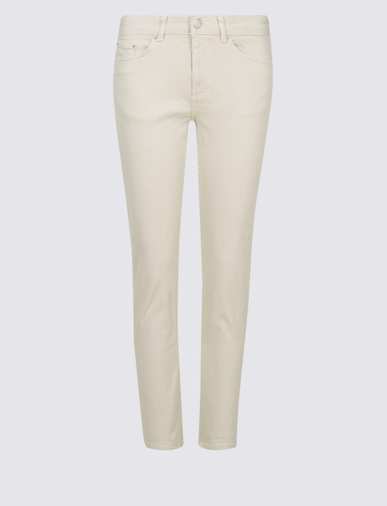 Krem Relaxed Slim Leg Orta Belli Kısa Jean Pantolon