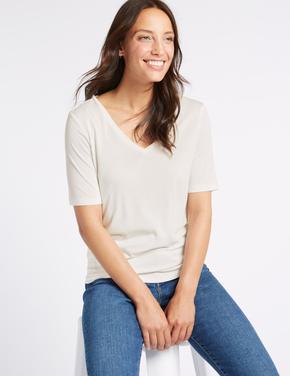 Modal Karışımlı V Yaka Kısa Kollu T-Shirt
