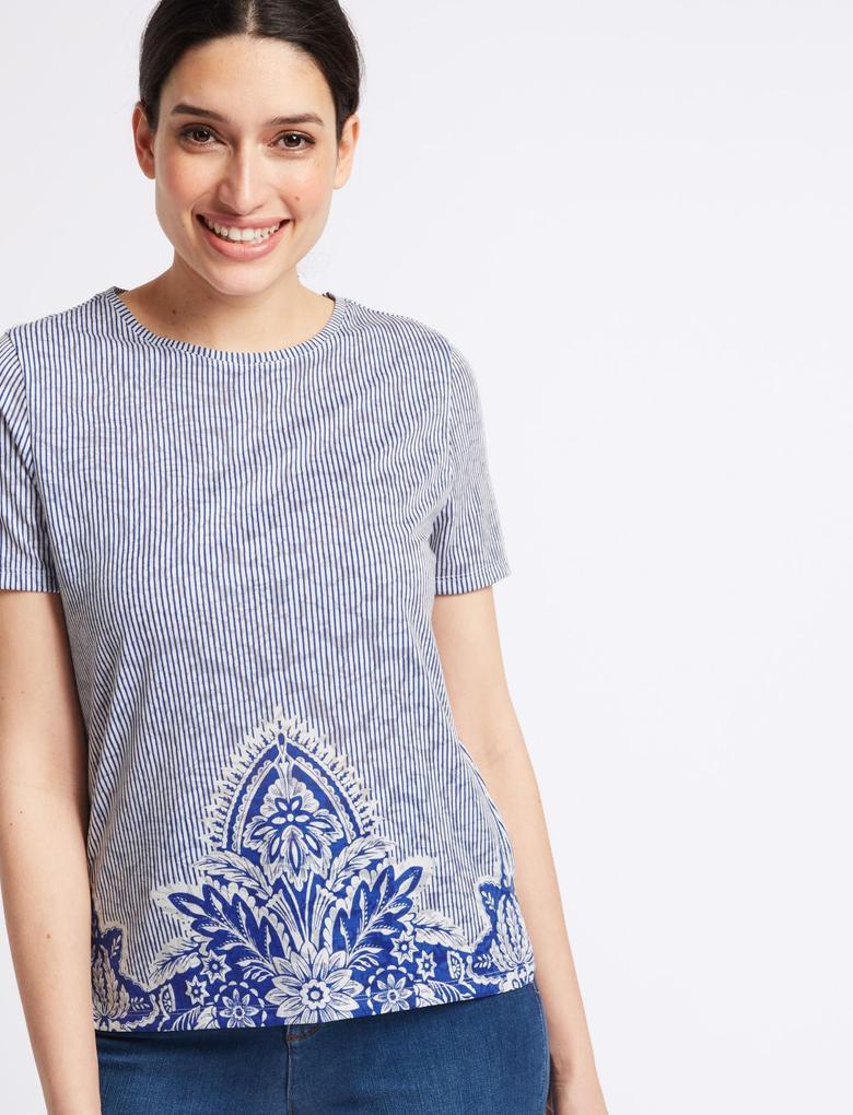 Kadın Mavi Çiçek Desenli Kısa Kollu T-Shirt