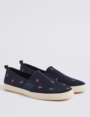 Palmiye İşlemeli Ayakkabı