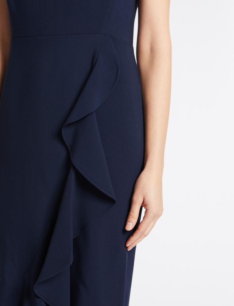 Lacivert Kısa Kollu Asimetrik Kesim Elbise