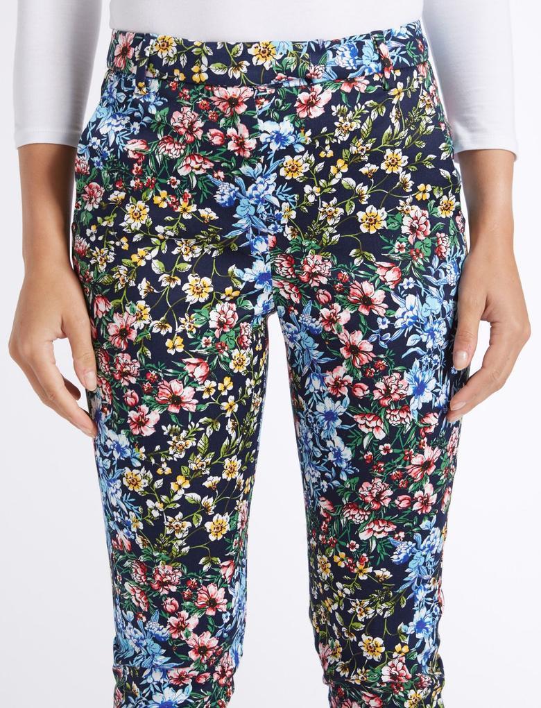 Kadın Siyah Pamuklu Çiçek Desenli Slim Leg Pantolon