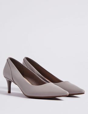 Sivri Burunlu Topuklu Ayakkabı
