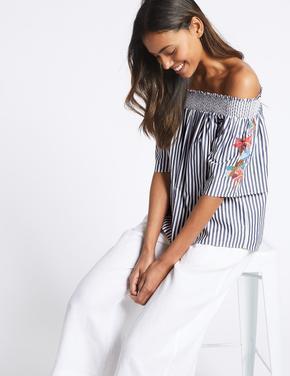 Kadın Lacivert Çizgili İşlemeli Düşük Omuzlu Bluz